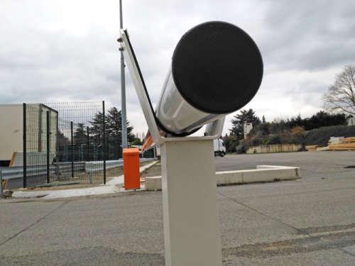 Alphatronics Logistieke Toegangscontrole Met Slagbomen En Kaartlezers